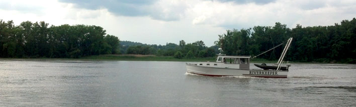 Patrol boat in Hudson NY, Middleground Flats